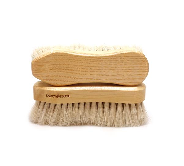 Saucy Piaffe Ivory face brush