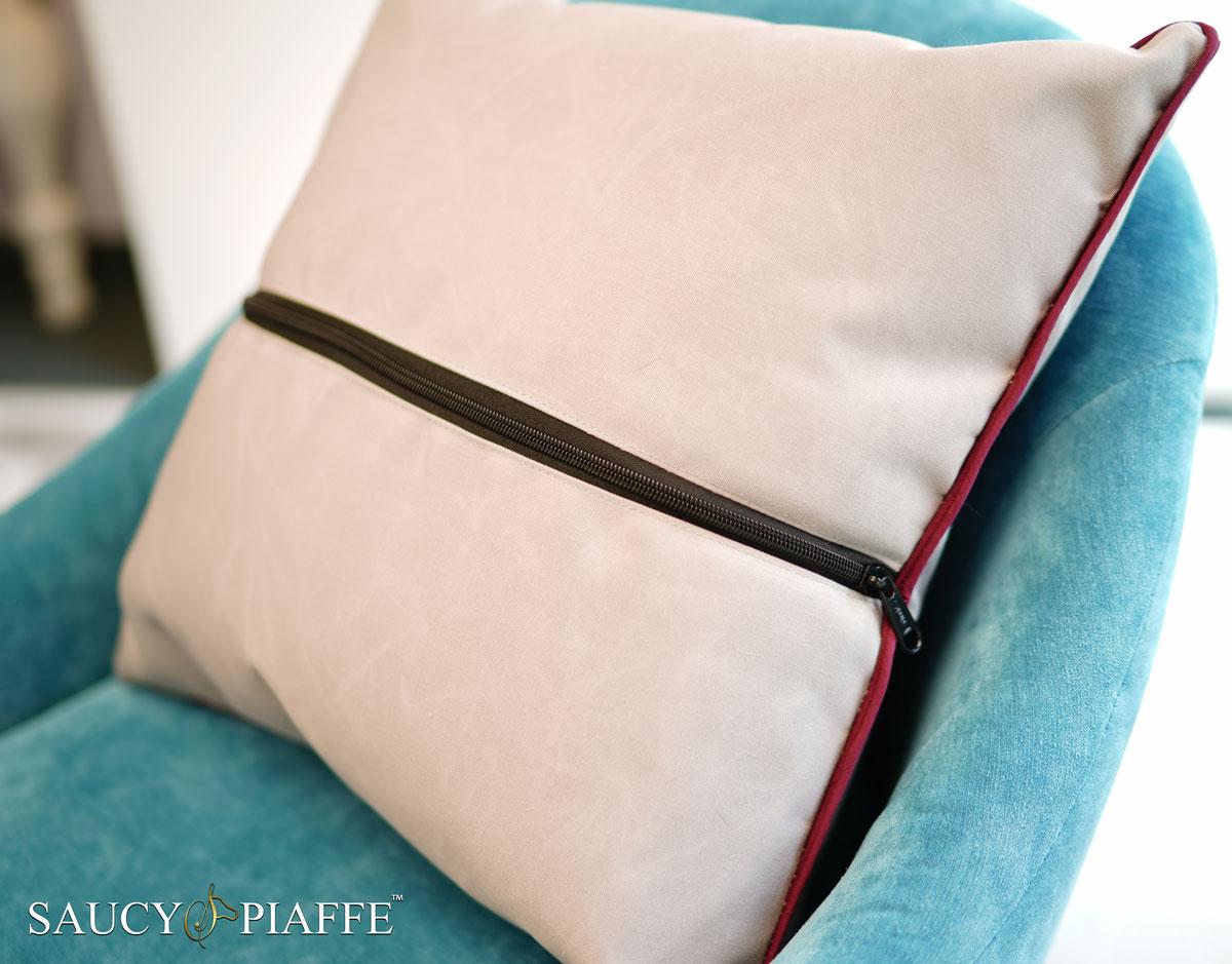 custom-award-pillows